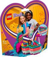 Конструктор LEGO Friends Коробка-сердце: лето с Андреа 41384