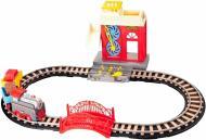 Залізниця Lixin з потягом 9906