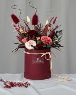 Цветочная композиция в шляпной коробке Королевская роскошь S