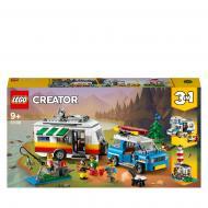 Конструктор LEGO Creator Сімейні канікули з фургоном 31108