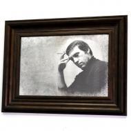 Репродукция Владимир Высоцкий. Все не так, ребята. №1704 в раме за состаренным зеркалом 28x38 см SEAPS