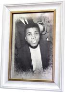 Репродукция Muhammad Ali. Baby. №1725 в раме за состаренным зеркалом 28x38 см SEAPS
