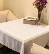 Скатертина Jaquard 3-666 водовідштовхувальна 150x180 см білий ITA Dream