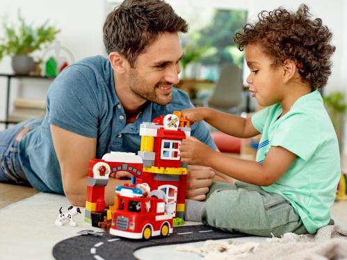 Конструктор LEGO Duplo Пожежне депо 10903 - фото 35