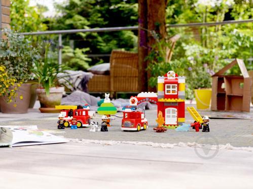 Конструктор LEGO Duplo Пожежне депо 10903 - фото 28