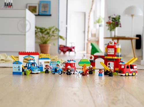 Конструктор LEGO Duplo Пожежне депо 10903 - фото 23