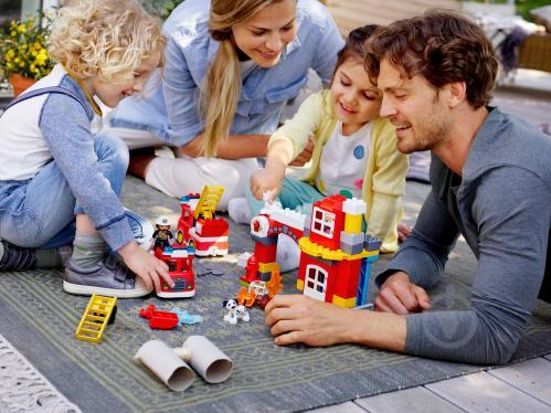Конструктор LEGO Duplo Пожежне депо 10903 - фото 25
