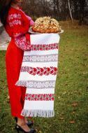 Рушник с уникальним узором вышитый на домотканого полотна