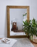 Настенное зеркало в деревянной раме HomeDeco Дуб 70х50 см