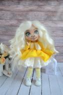 Кукла текстильная ручной работы в желтом платье (BYD-1)