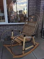 Крісло-гойдалка Woody 6 для саду Бук/Штучний ротанг Світле дерево/Чорний