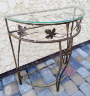 Стол пристенный М 65х60х26 см