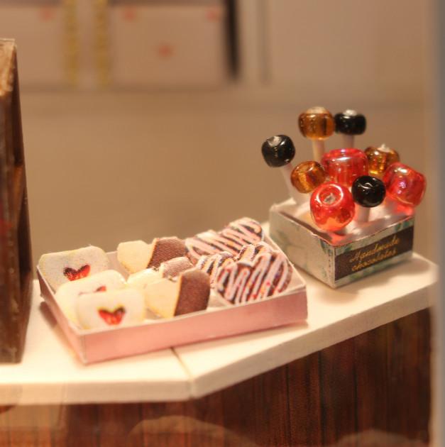 3D Румбокс CuteBee DIY DollHouse Шоколадниця (V358SD) - фото 7