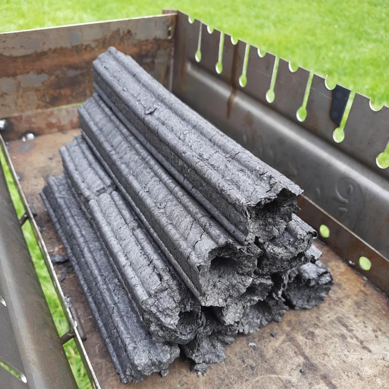 Топливные дерево-угольные брикеты для мангала и гриля Pini Kay 10 кг - фото 2
