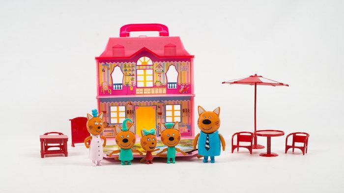 Будинок з меблями Huada Toys М-8806 Три кота - фото 1